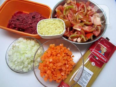 Mỳ Ý xốt cà chua bò băm làm nhanh ăn ngon 3