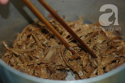 27 Tết: Tham khảo cách nấu canh măng khô siêu ngon 9
