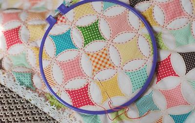 Cách làm chăn chần bông đẹp như chăn ghép vải 12