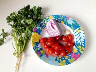Salad cà chua sắc màu cho ngày nắng lên 2