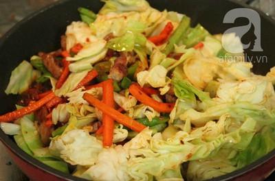 Thịt xào rau củ kiểu Thái ngon mắt ngon miệng 12