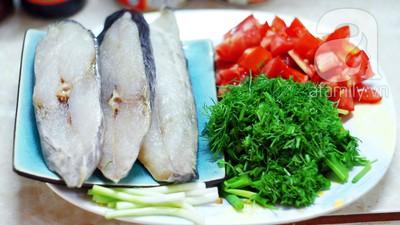 Cá chiên xốt cà đậm đà ngon cơm 5