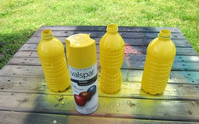 3 bước đơn giản tái chế chai nhựa thành lọ cắm hoa 8