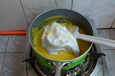Cách làm bánh bông lan xốp mềm ngon như ở tiệm 16