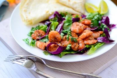 Salad tôm mát giòn ngon miệng 11
