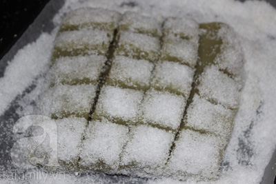 Cách làm bánh đậu xanh dừa thanh mát tuyệt ngon 17