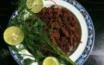 Dùng lò vi sóng làm thịt bò khô nhanh mà cực ngon! 14