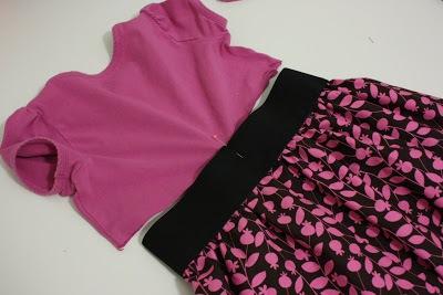 Biến áo cũ thành váy xinh cho bé yêu xúng xính 12