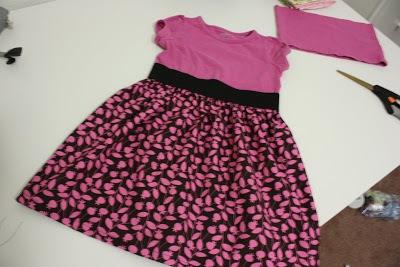 Biến áo cũ thành váy xinh cho bé yêu xúng xính 14