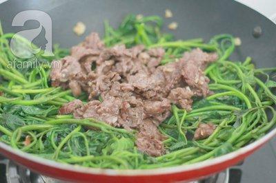 Giản dị ngon cơm với rau lang xào thịt bò 16