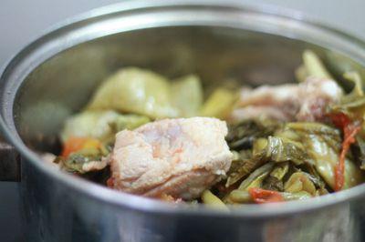 Canh dưa nấu sườn ngon cơm ngày se lạnh 10