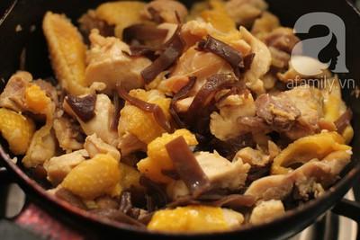 Blogger Phương Vũ chia sẻ cách làm gà nấu đông cực ngon 12