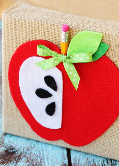 Trang trí phòng bé đẹp xinh lấy ý tưởng từ trái táo 7