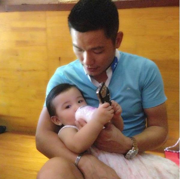 Vẻ thơ ngây đáng yêu của con gái Jennifer Phạm 6