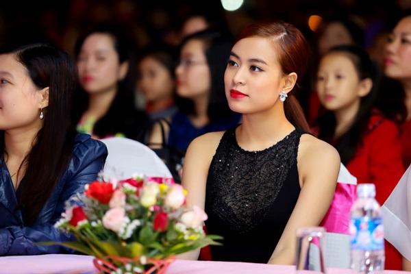 Hong Thy Linh P Qu Phi D S Kin  H Tnh-8580