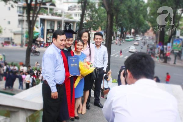 Rạng ngời những gương mặt tân cử nhân trong ngày lễ tốt nghiệp 14