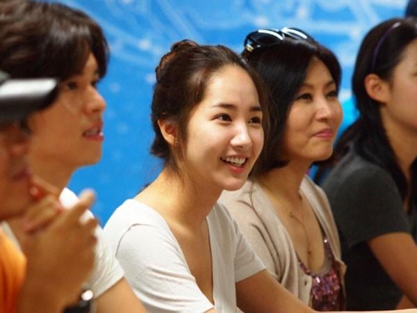 Soi da xấu-đẹp của kiều nữ Hàn khi để mặt mộc 14