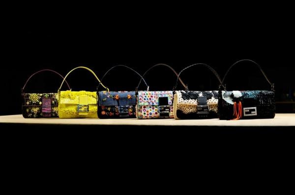 """Những """"biểu tượng sắc đẹp"""" liệu sẽ đeo túi gì thời hiện đại? 19"""