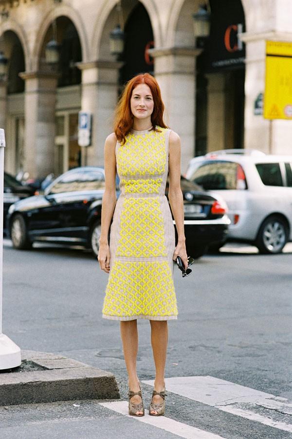 Gợi ý váy ôm thanh lịch cho nàng công sở tinh tế 14