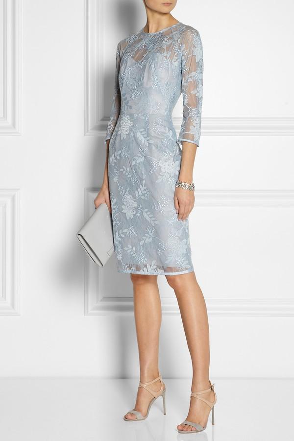 Gợi ý váy ôm thanh lịch cho nàng công sở tinh tế 7
