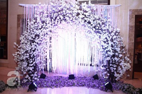 Lê Khánh - Tuấn Khải tình tứ trước giờ làm lễ cưới chính thức 11