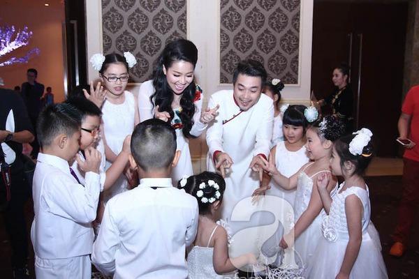Lê Khánh - Tuấn Khải tình tứ trước giờ làm lễ cưới chính thức 1