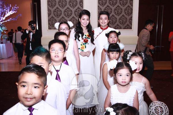 Lê Khánh - Tuấn Khải tình tứ trước giờ làm lễ cưới chính thức 3