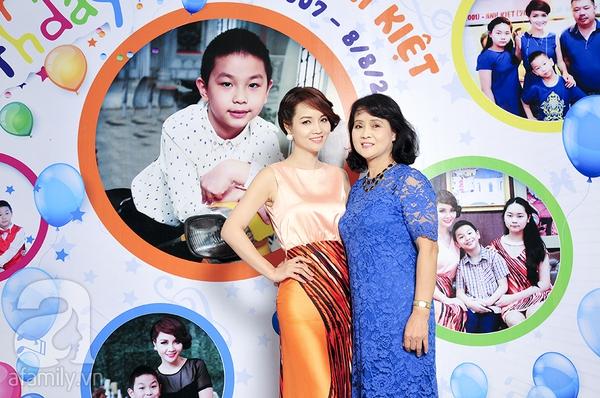 Sinh nhật con trai Mai Thu Huyền
