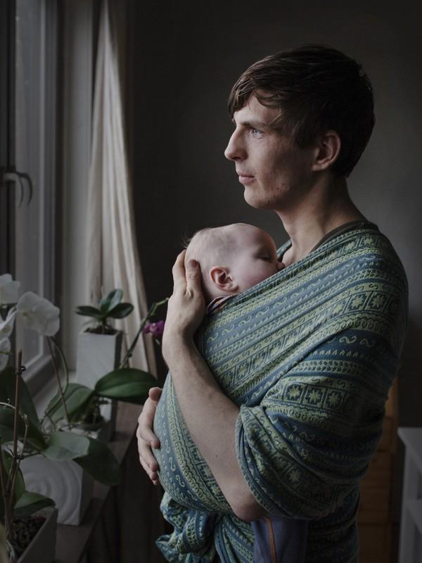 Tan chảy với bộ ảnh bố Thụy Điển ở nhà chăm con 2