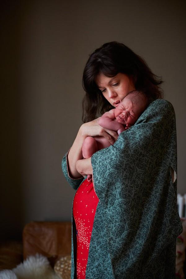 Bộ ảnh 24 giờ làm mẹ đầu tiên trong cuộc đời 2