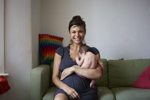 Bộ ảnh 24 giờ làm mẹ đầu tiên trong cuộc đời 3