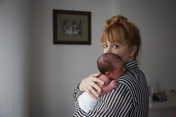 Bộ ảnh 24 giờ làm mẹ đầu tiên trong cuộc đời 4