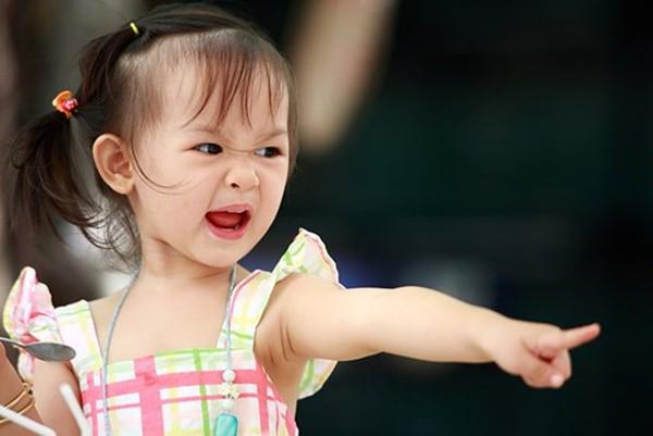 7 cách để dạy trẻ không nổi cáu