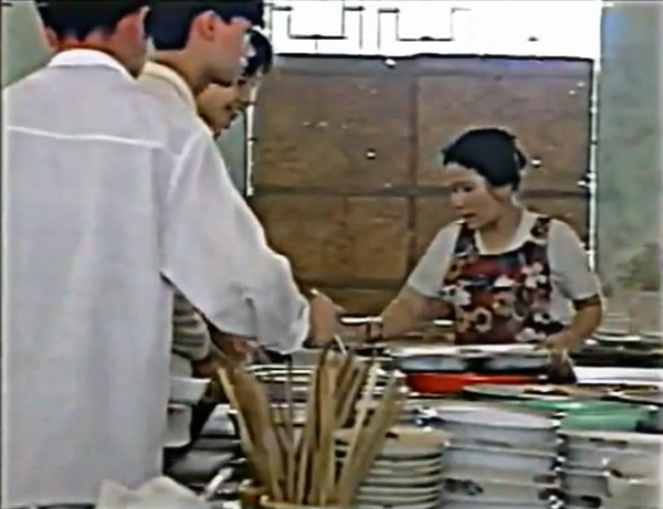 Cuộc sống của sinh viên Việt Nam năm 1994 1