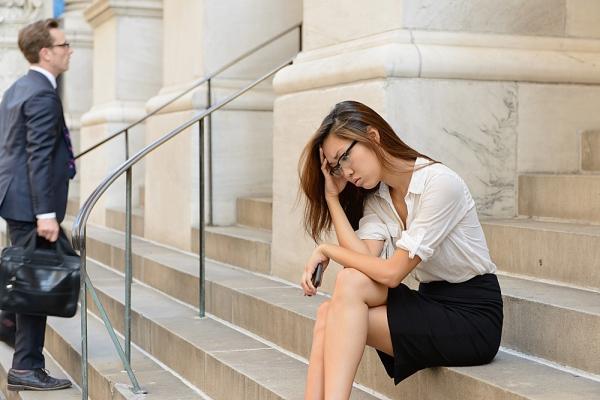 3 sai lầm phá hủy sự nghiệp phụ nữ thường mắc phải 2