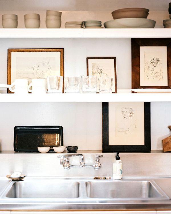 Nhà bếp phong cách với hệ thống kệ mở 7