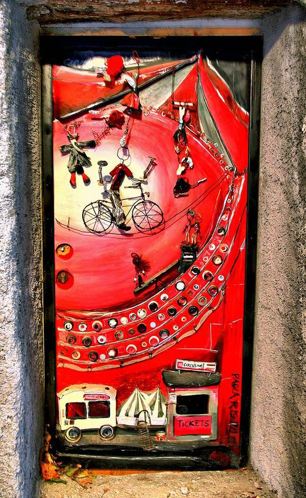 Những cánh cửa nhà ngập tràn màu sắc trên thế giới 4