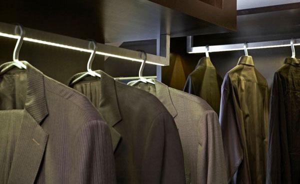 Mẹo thiết kế ánh sáng cho tủ quần áo, phòng thay đồ  2