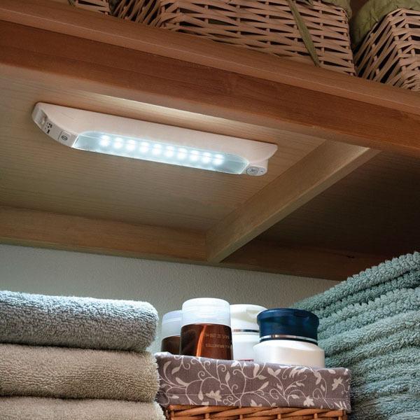 Mẹo thiết kế ánh sáng cho tủ quần áo, phòng thay đồ  4
