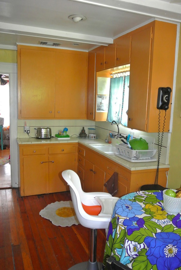 Ngắm căn bếp Hello Kitty cực xinh của đôi vợ chồng son 1