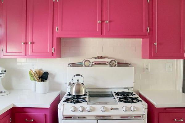 Ngắm căn bếp Hello Kitty cực xinh của đôi vợ chồng son 7
