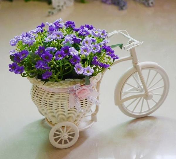 Mẫu chậu hoa để bàn công sở xinh xắn có giá dưới 200 nghìn đồng 18