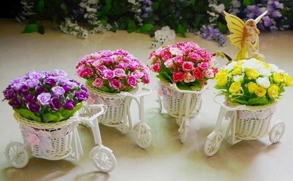 Mẫu chậu hoa để bàn công sở xinh xắn có giá dưới 200 nghìn đồng 20