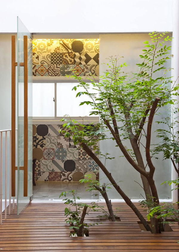 Tạo không gian sống sinh thái cho nhà phố với giếng trời 3