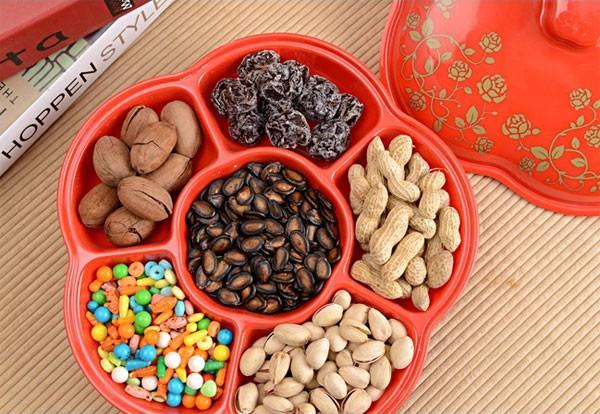 """15 mẫu khay đựng bánh kẹo cho năm mới thật """"ngọt ngào"""" 7"""