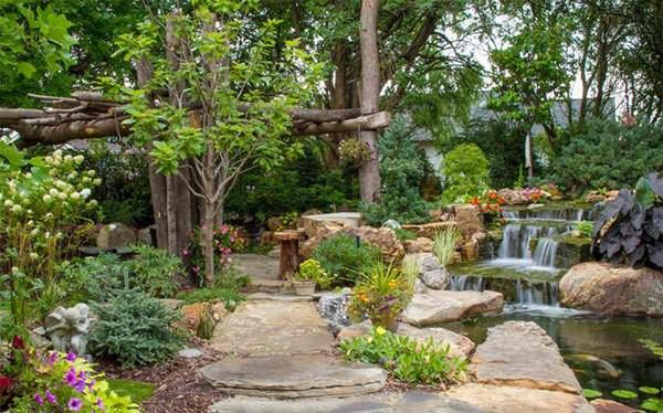 Những thiết kế hồ nước nhỏ xinh cho sân vườn 9