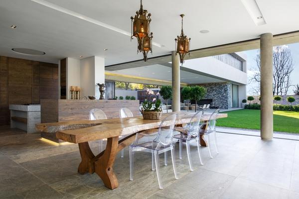 Tư vấn thiết kế và bố trí nội thất cho nhà ống có 2 khoảng vườn xanh 7