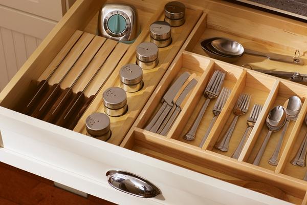 Bí quyết sắp xếp tủ bếp thông minh và khoa học 13