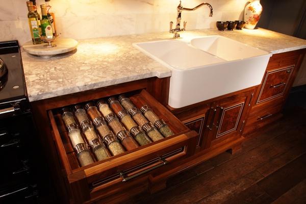 Bí quyết sắp xếp tủ bếp thông minh và khoa học 2