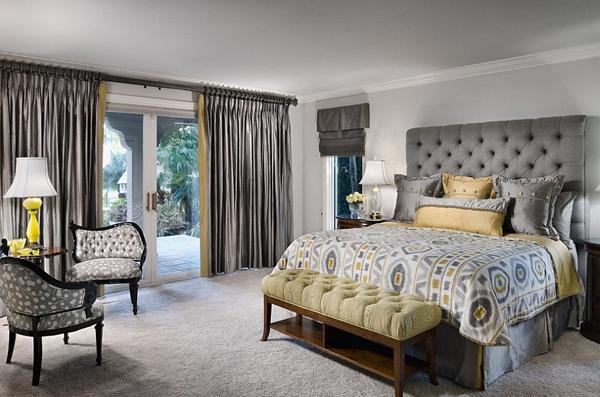 Phòng ngủ với gam màu xám sang trọng và vàng thanh lịch 12